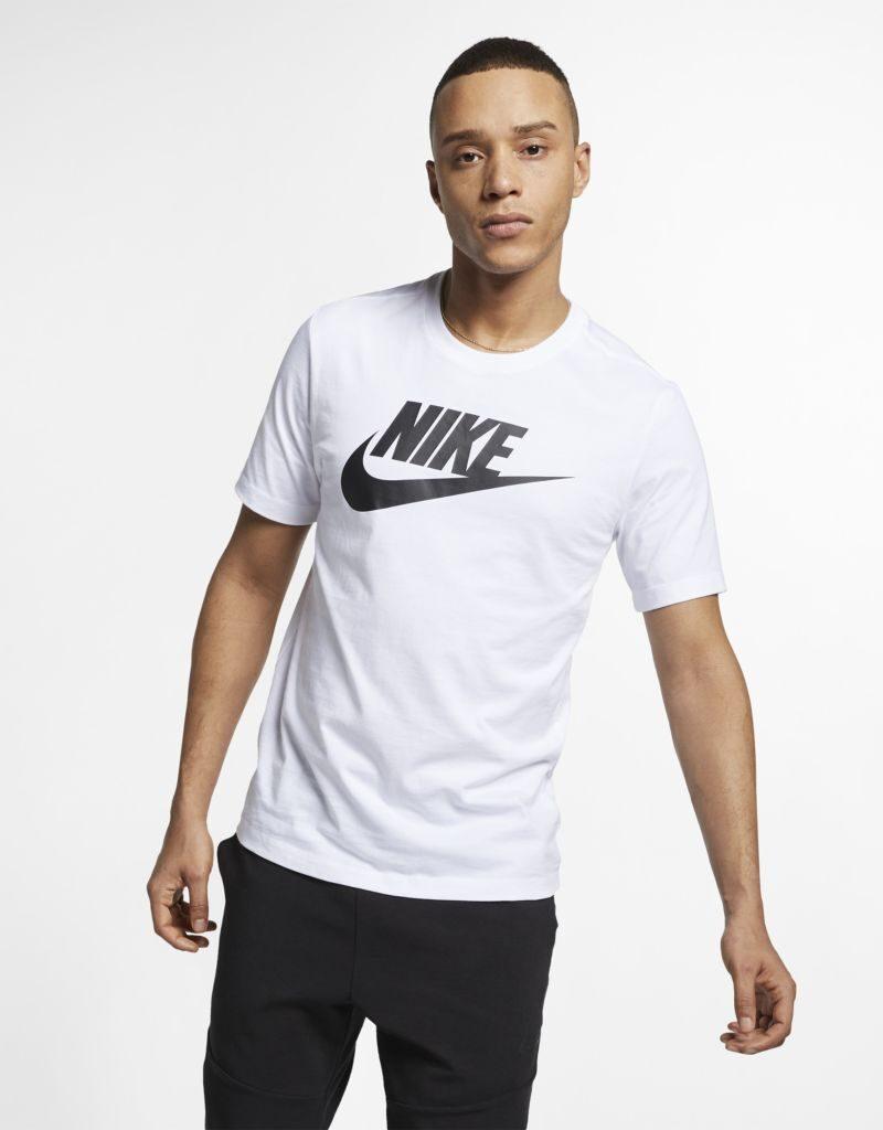 camiseta nike sportswear tee icon futura masculina ar5004 101 1